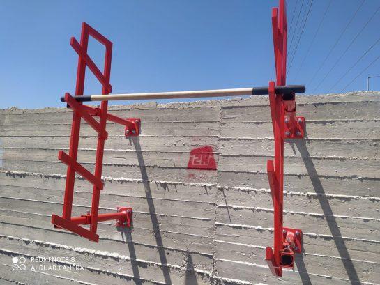 סולם סלומון לקיר בטון